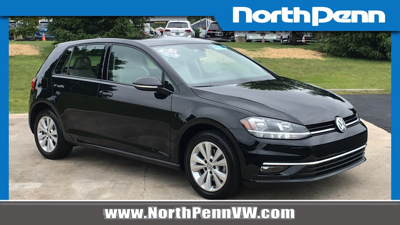 Certified Pre-Owned 2018 Volkswagen Golf SE