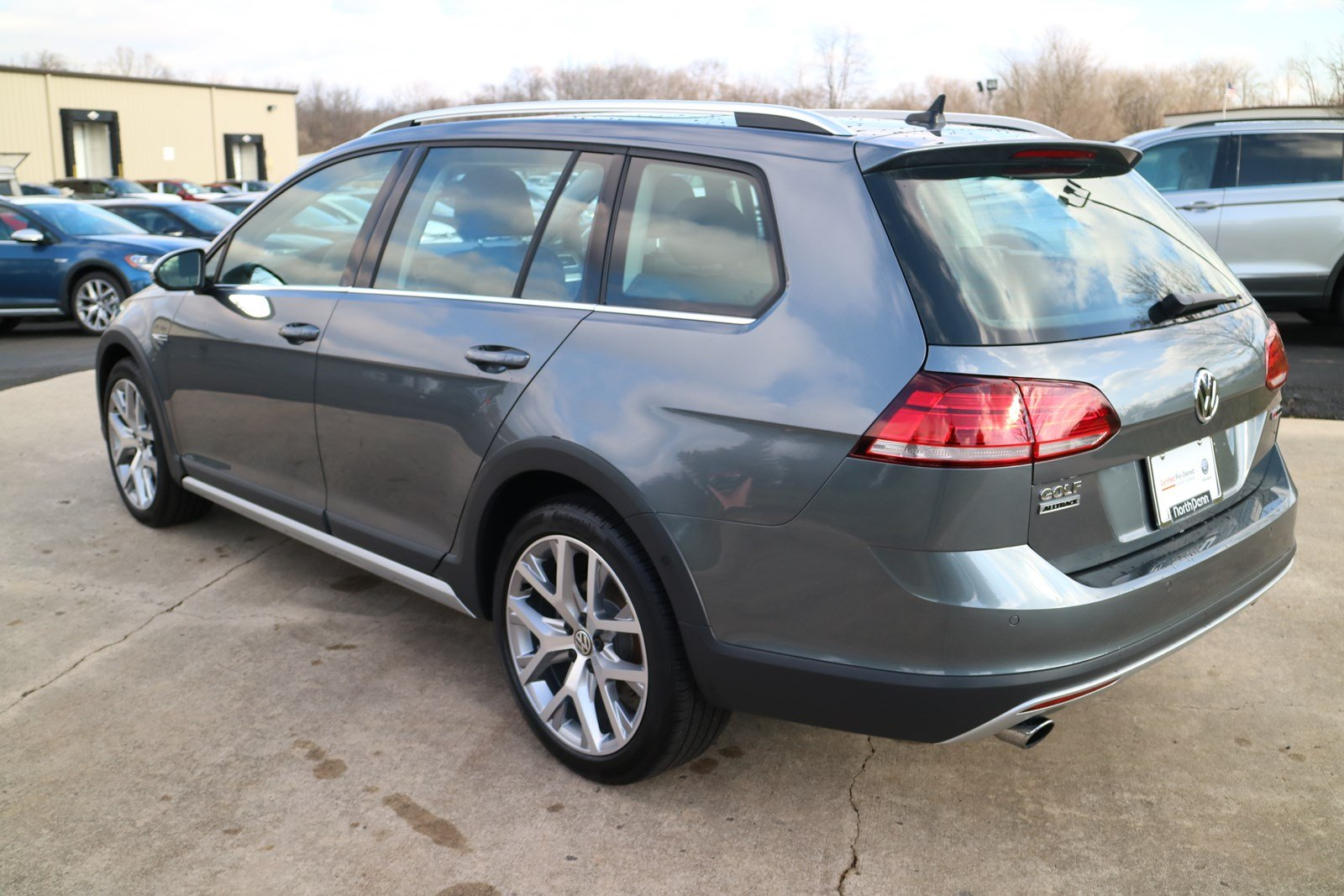 Certified Pre-Owned 2019 Volkswagen Golf Alltrack SE