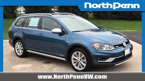 Certified Pre-Owned 2017 Volkswagen Golf Alltrack SE